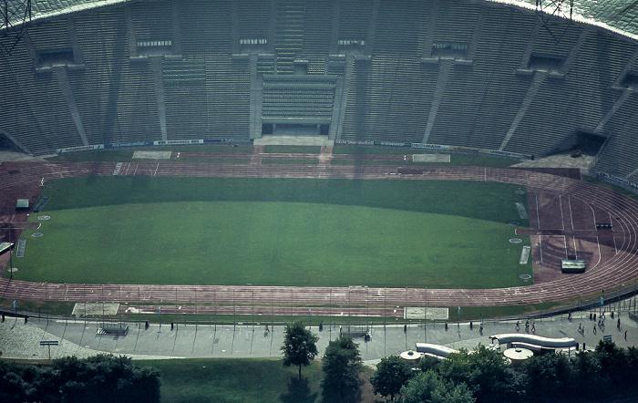 Blick vom Olympiaturm: Olympiastadion München 1982