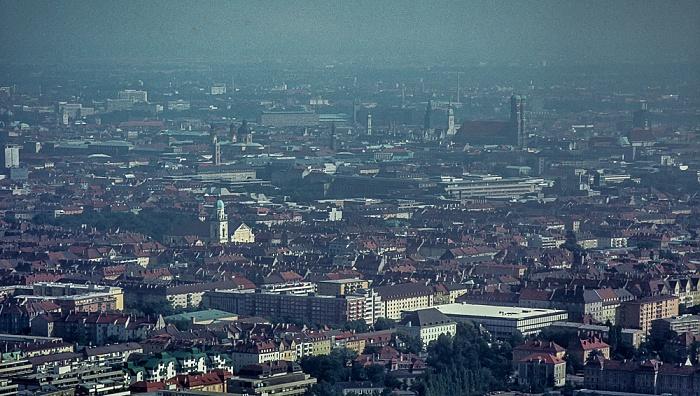 Blick vom Olympiaturm: Stadtzentrum München 1982