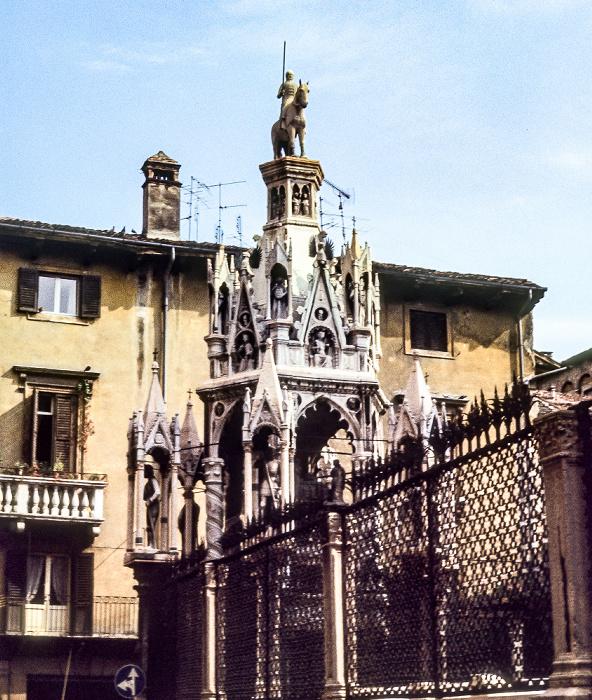 Centro Storico (Altstadt): Skaligergräber (Arche scaligere) Verona 1982
