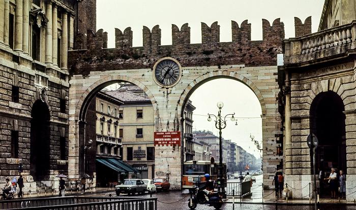 Centro Storico (Altstadt): Corso Porta Nuova - Portoni della Brà Verona 1982