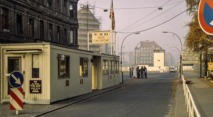 Grenzübergang Friedrichsstraße (Checkpoint Charlie) Berlin 1983
