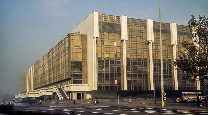 Marx-Engels-Platz: Palast der Republik Berlin 1983
