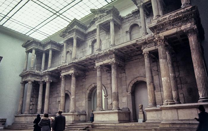 Pergamonmuseum: Markttor von Milet Berlin 1983