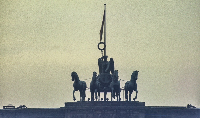 Brandenburger Tor: Quadriga Berlin 1983