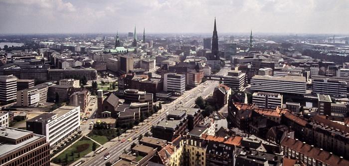 Blick vom Turm der St.-Michaelis-Kirche (Michel) Hamburg 1984