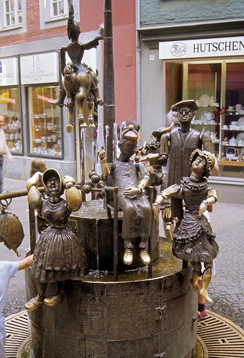 Aachen Krämerstraße: Puppenbrunnen