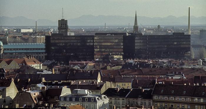 Blick vom Rathausturm (Neues Rathaus): Europäisches Patentamt München 1984