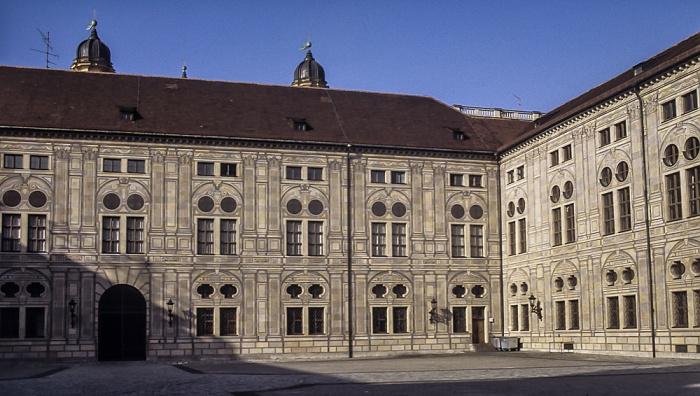 Residenz: Kaiserhof München 1984