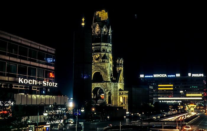 Charlottenburg: Budapester Straße, Breitscheidplatz mit Kaiser-Wilhelm-Gedächtnis-Kirche Berlin 1985