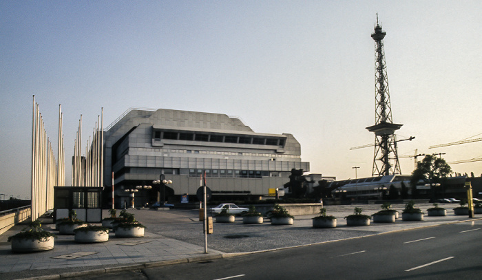 Internationales Congress Centrum (ICC), Funkturm Berlin 1985