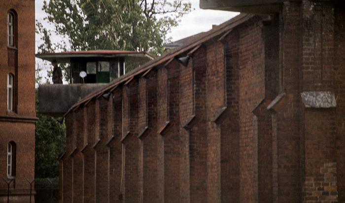 Berlin Kriegsverbrechergefängnis Spandau: Außenmauer und Wachturm