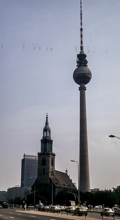 Mitte: Hotel Stadt Berlin, Marienkirche, Fernsehturm Berlin 1985