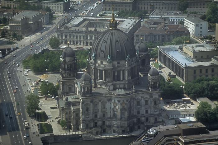 Blick vom Fernsehturm: Museumsinsel - Berliner Dom Berlin 1985
