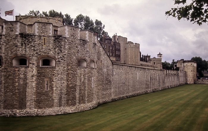 Tower of London: Westseite London 1985