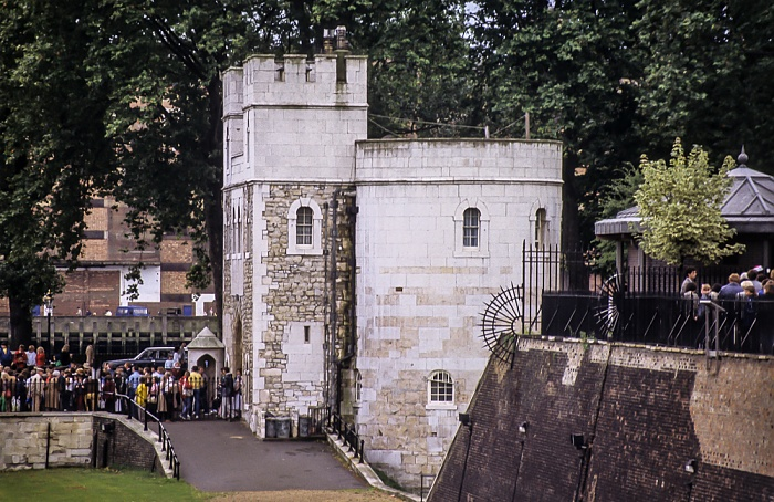 Tower of London: Middle Tower London 1985