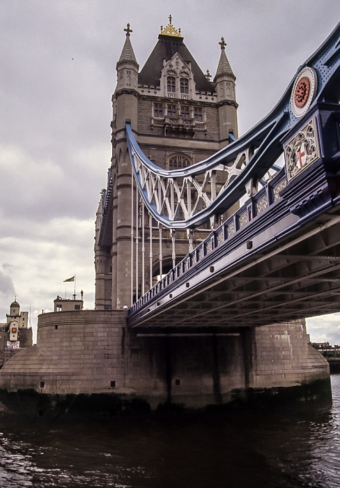 Tower Bridge, Themse London 1985