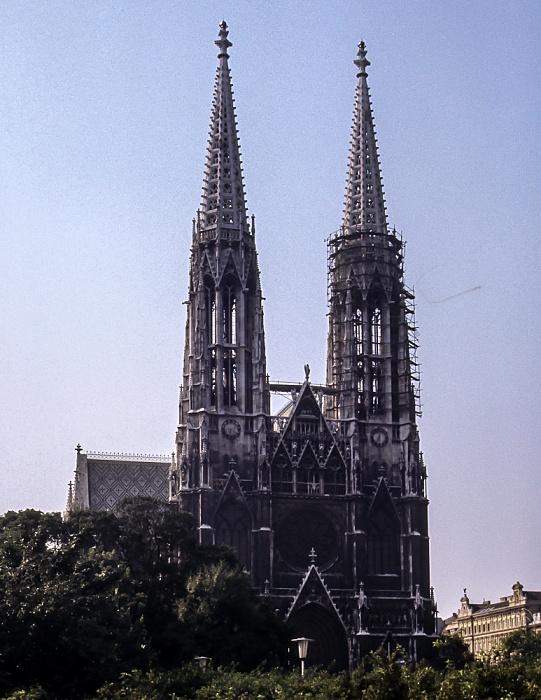 Alsergrund (IX. Bezirk): Votivkirche Wien 1985