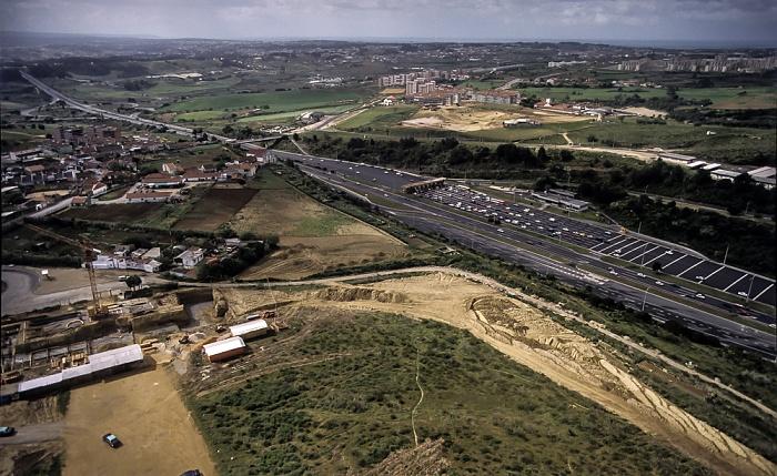 Blick vom Monumento Cristo Rei: Autobahn A2 Lissabon - Algarve Lissabon 1988