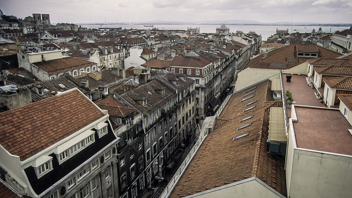 Blick vom Elevador de Santa Justa: Baixa - Rua Áurea Lissabon 1988