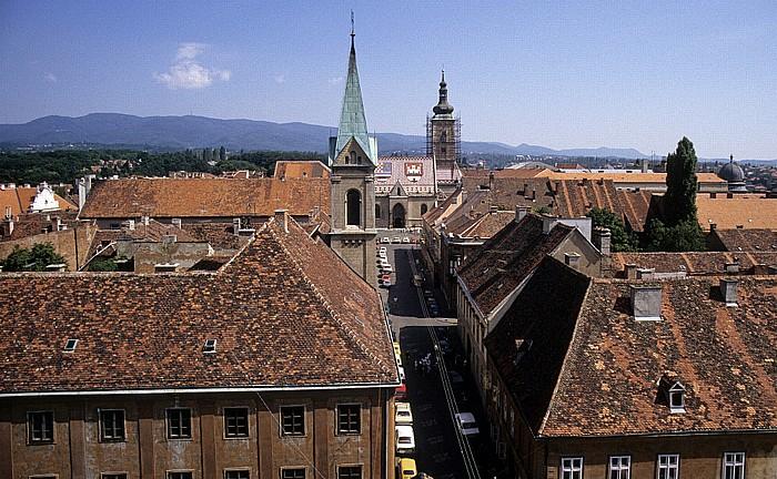 Zagreb Blick vom Lotrscak-Turm: St.-Markus-Kirche (in der Bildmitte hinten) Markuskirche