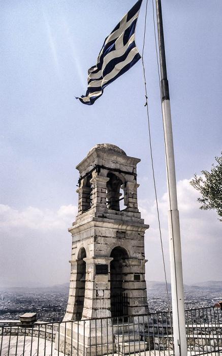 Athen Lykabettus (Lykavittós): Glockenturm und griechische Flagge