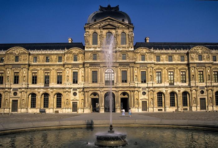 Palais du Louvre und Jardin des Tuileries Paris