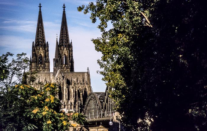 Köln Dom, Hohenzollernbrücke