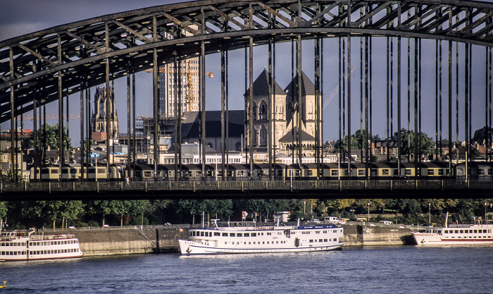 Rhein, Hohenzollernbrücke Köln 1988