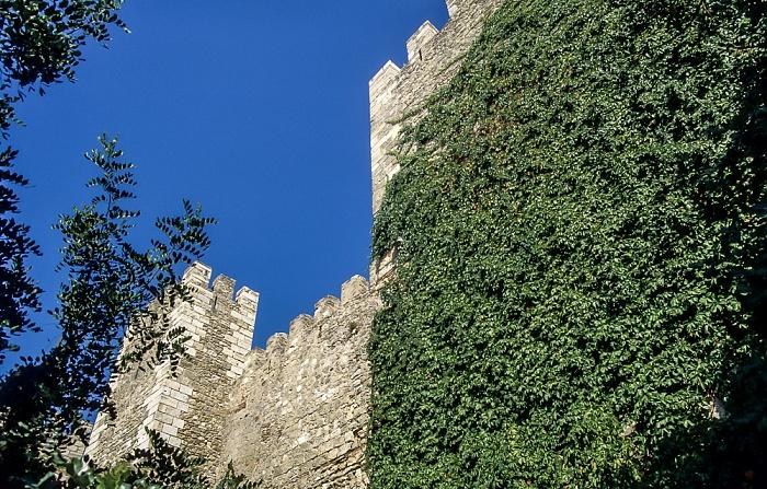Castelo de São Jorge: Burgmauern Lissabon 1990