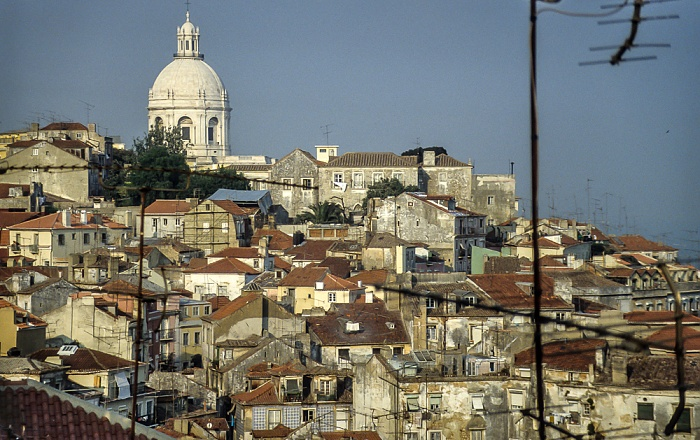 Alfama: Blick vom Miradouro de Santa Luzia Lissabon 1990