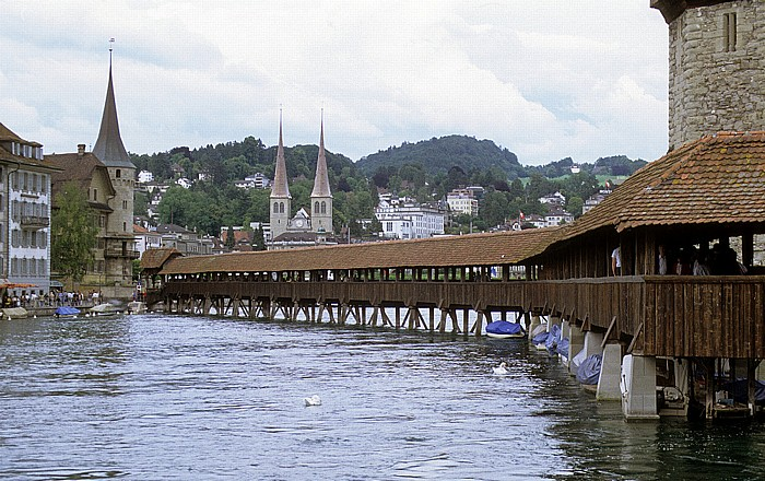 Luzern Kapellbrücke Hofkirche Wasserturm