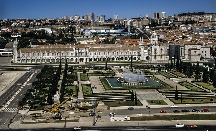 Belém: Blick vom Padrão dos Descobrimentos - Parque da Praça do Império, Mosteiro dos Jerónimos Lissabon 1992
