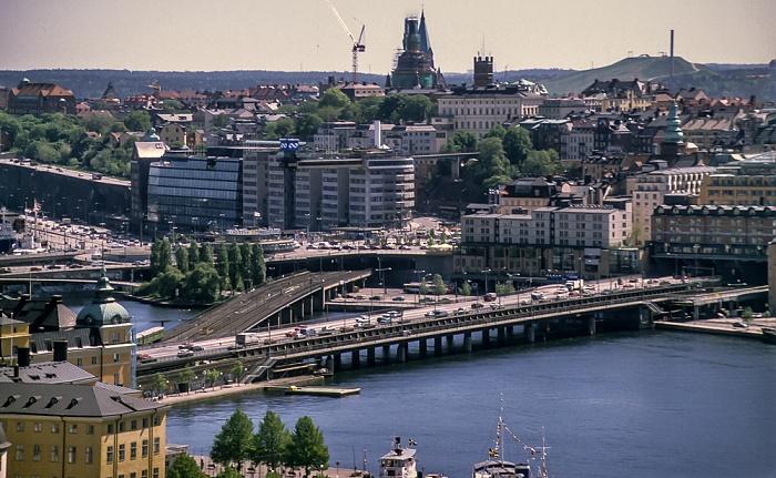 Blick vom Stadshuset (Rathaus): Riddarholmen, Södermalm, Riddarfjärden Stockholm 1993