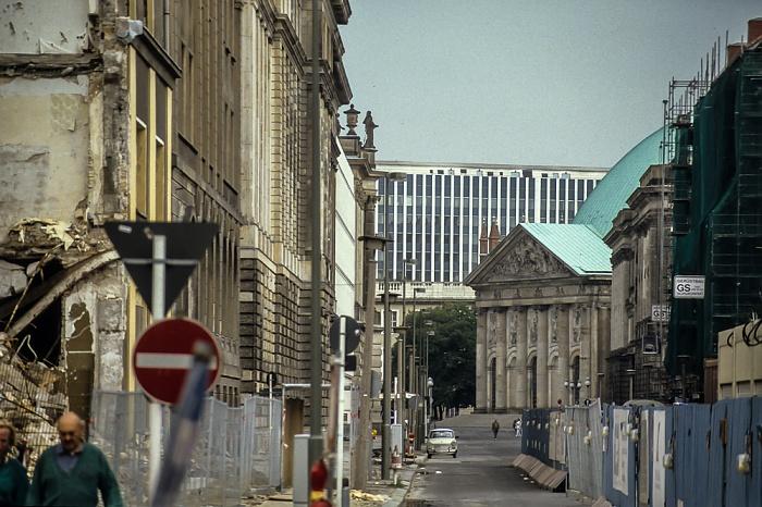 Mitte: Behrenstraße Berlin 1994