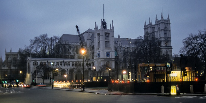 City of Westminster: Parliament Square - St Margaret's Church (links), Westminster Abbey London 1995