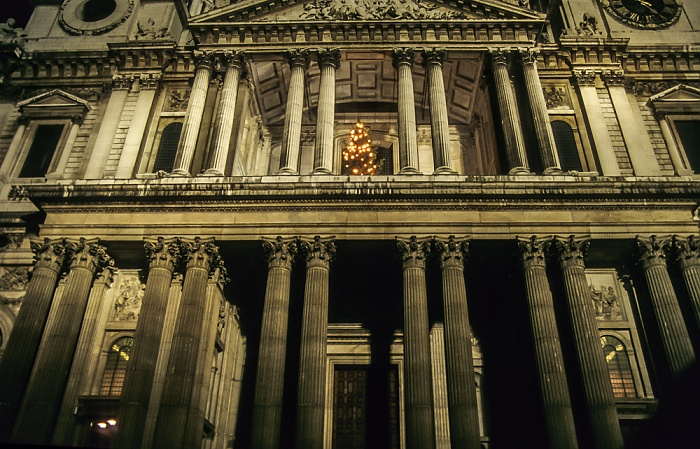 City of London: St Paul's Cathedral London 1995