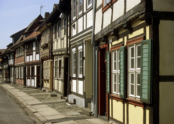 Wernigerode Altstadt: Straße mit Fachwerkhäusern