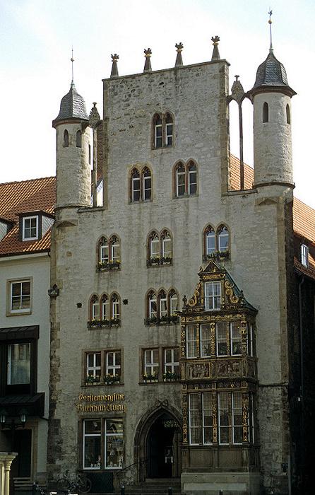 Hildesheim Marktplatz: Tempelhaus mit Renaissance-Erker