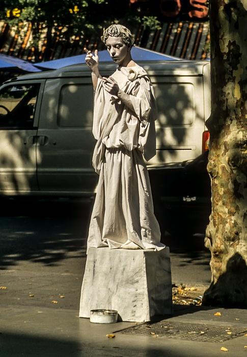 Ciutat Vella: La Rambla - Straßenkünstler Barcelona 1996