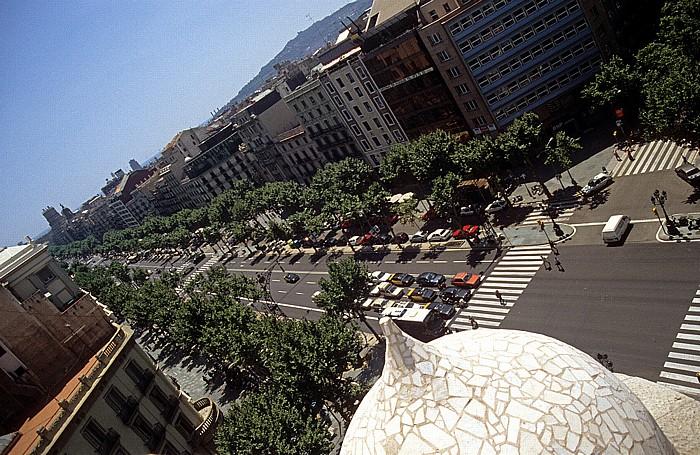 Blick von der Casa Milà: Eixample mit dem Passeig de Gràcia Barcelona