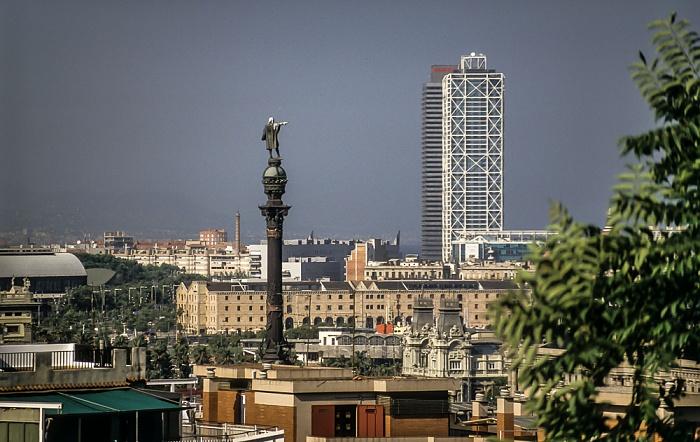 Blick vom Montjuïc: Kolumbus-Denkmal auf dem Plaça del Portal de la Pau Barcelona 1996
