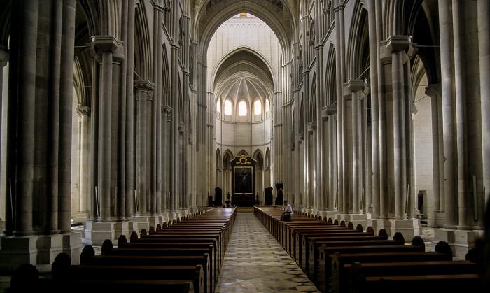 Catedral de Santa María la Real de la Almudena Madrid 1996