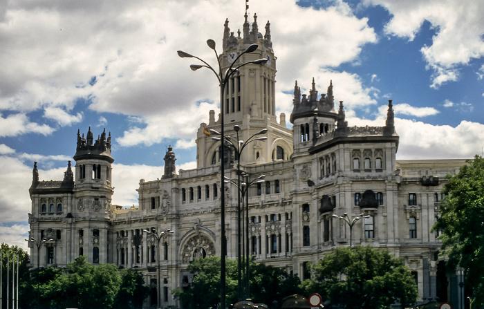 Plaza de Cibeles: Palacio de Comunicaciones Madrid 1996