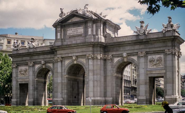 Plaza de la Independencia: Puerta de Alcalá Madrid 1996
