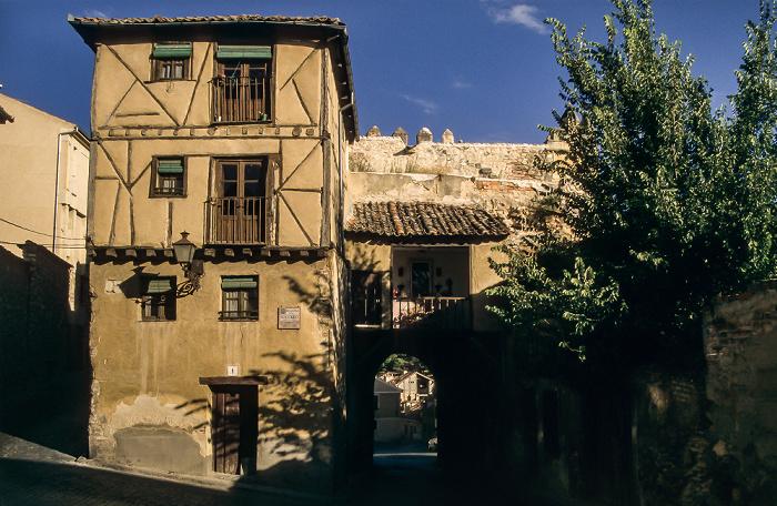 Centro Histórico: Calle de San Valentín - Puerta de San Andrés Segovia 1996