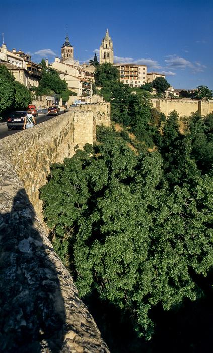 Centro Histórico: Stadtmauer, Iglesia de San Andrés und Catedral de Santa María de Segovia Segovia 1996