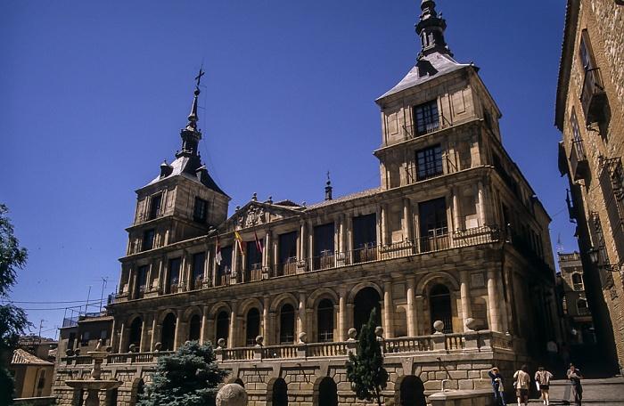 Centro Histórico: Plaza del Ayuntamiento - Ayuntamiento de Toledo Toledo 1996