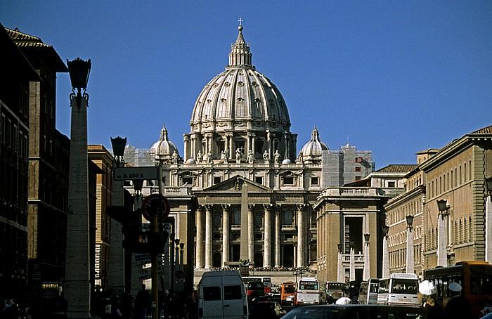 Rom Via della Conciliazione, Petersplatz, Petersdom