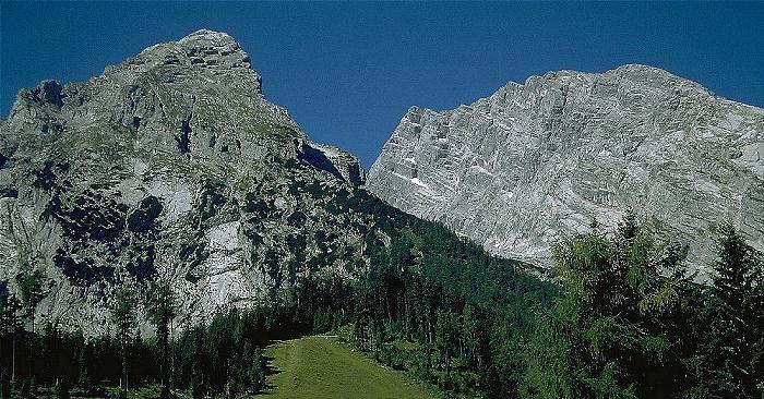 Königssee Kühroint-Alm: Blick auf die Watzmann-Ostwand