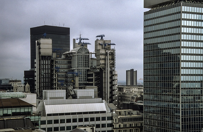 Blick vom Monument: City of London mit dem Lloyd's of London Building London 1998